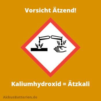 Elektrolyt einer Alkali-Batterie besteht aus Kaliumhydroxid, Kalilauge, Ätzkali